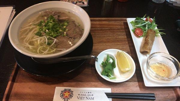 ベトナム食堂牛肉フォーセット