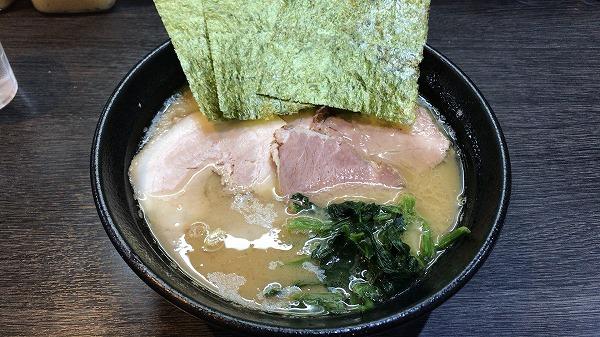 横浜家系 蔵前家 チャーシュー麺