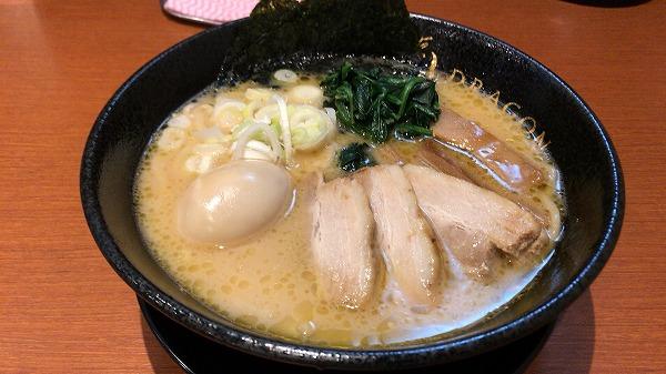 麺屋ドラゴン・トンコツ醤油ラーメン